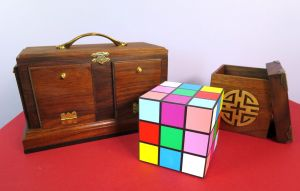 Back of Rubik Cube - Antik