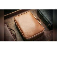 Luxury Close-Up Bag (Camel Brown)