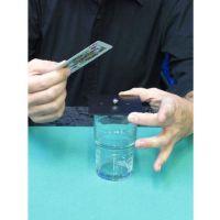 Stahlkugel im Glas
